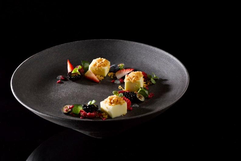 CÉ LA VI: New Restaurant Review