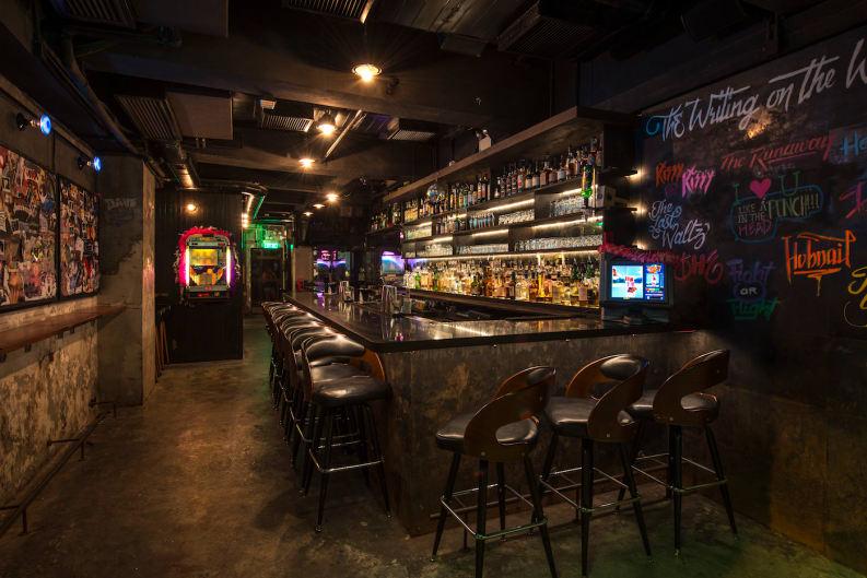 個性酒吧The Pontiac Hong Kong