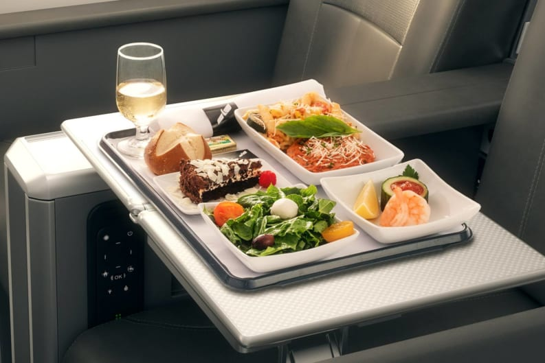 Which US & Canadian Airlines Have the Healthiest Plane Food?