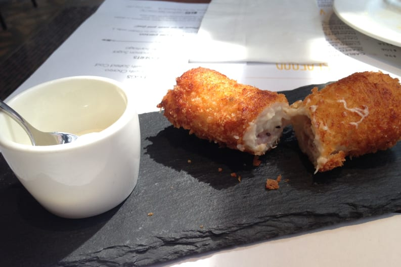 One Minden Tapas Kitchen: Restaurant Review
