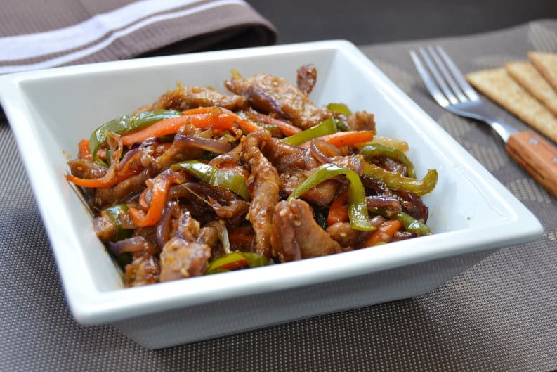 Wok Fried Beef Fillets With Bell Peppers Recipe