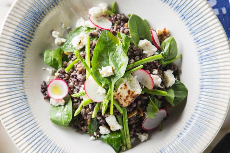 Recipe: Jamie Oliver's Super Food Spinach Salad