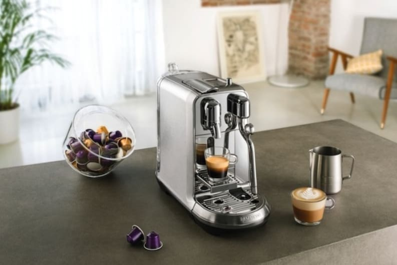 create latte art with nespresso creatista plus foodie. Black Bedroom Furniture Sets. Home Design Ideas