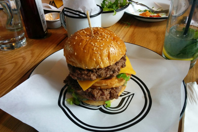 Beef & Liberty: The Big Ron Burger