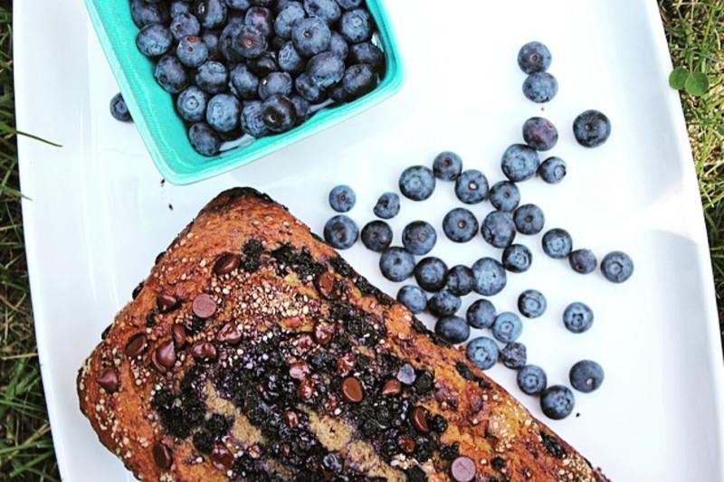 Scrumptious Banana Bread Recipe with Blueberries, Chocolate & Hemp