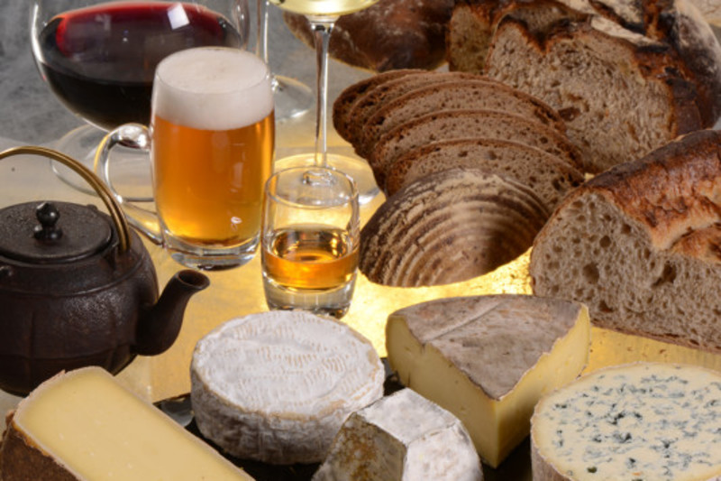 A Cheese Hamper: The Ultimate Christmas Gift #cheeselovers #howto