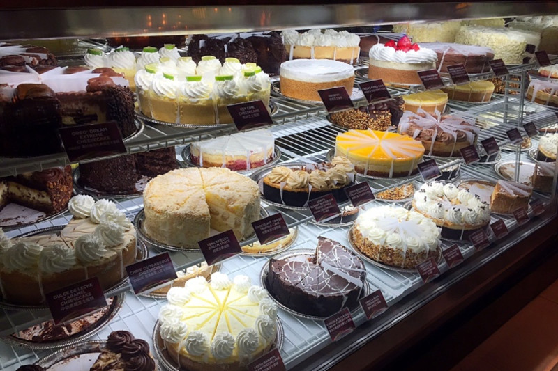 New Restaurant Review: The Cheesecake Factory