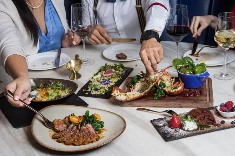 The Best Splurge-Worthy Weekday Lunch Deals in Central
