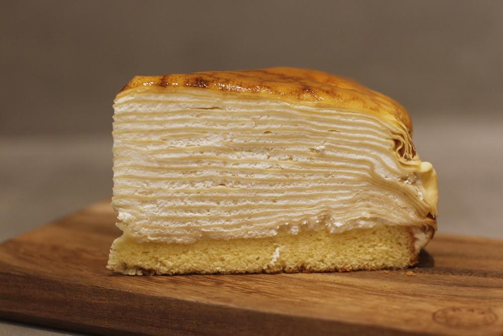 Châteraisé crêpe cake