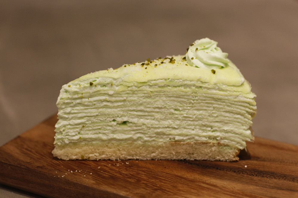 Shaz Confections crêpe cake