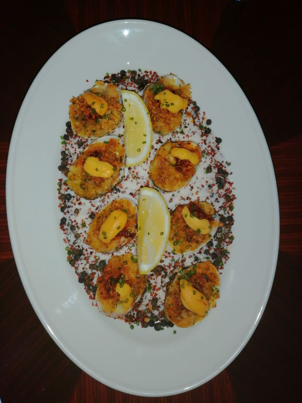 Baked cherrystone clams