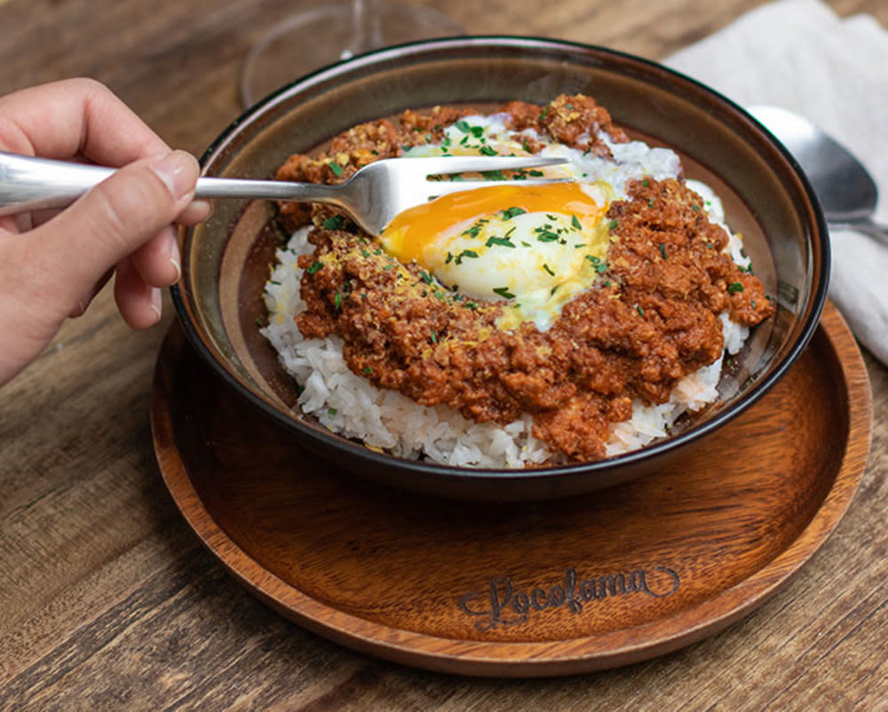 Locofama bolognese with organic egg