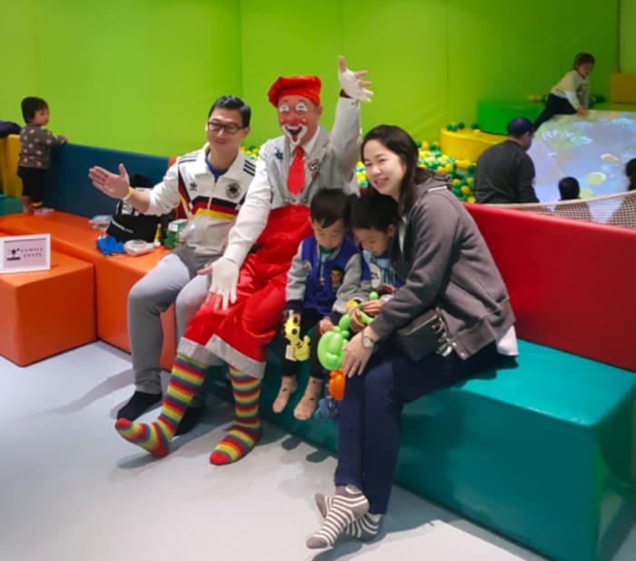 Family Fun Wonderland Foodie Hong Kong