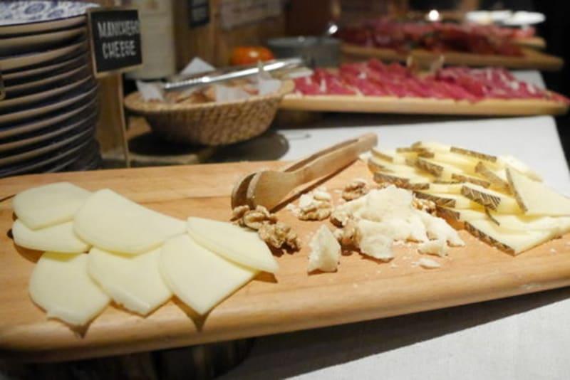 Spanish cheese at the Optimist