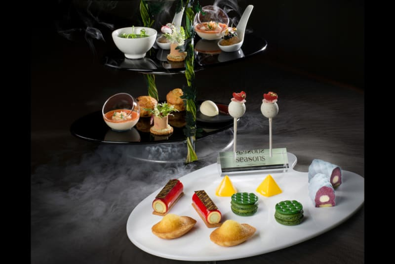"Season's ""L'ÉCHAPPÉE GOURMANDE"" Afternoon Tea Set"