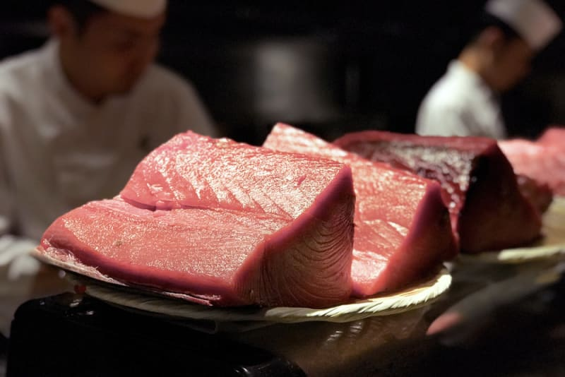 Bluefin tuna cutting at FUMI