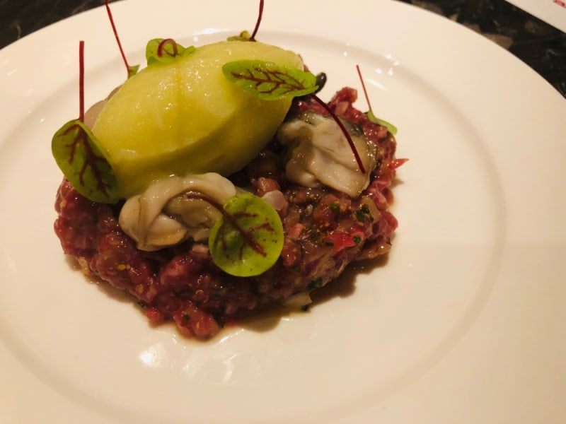 Wagyu beef, oysters and apple sorbet at Pica Pica Hong Kong