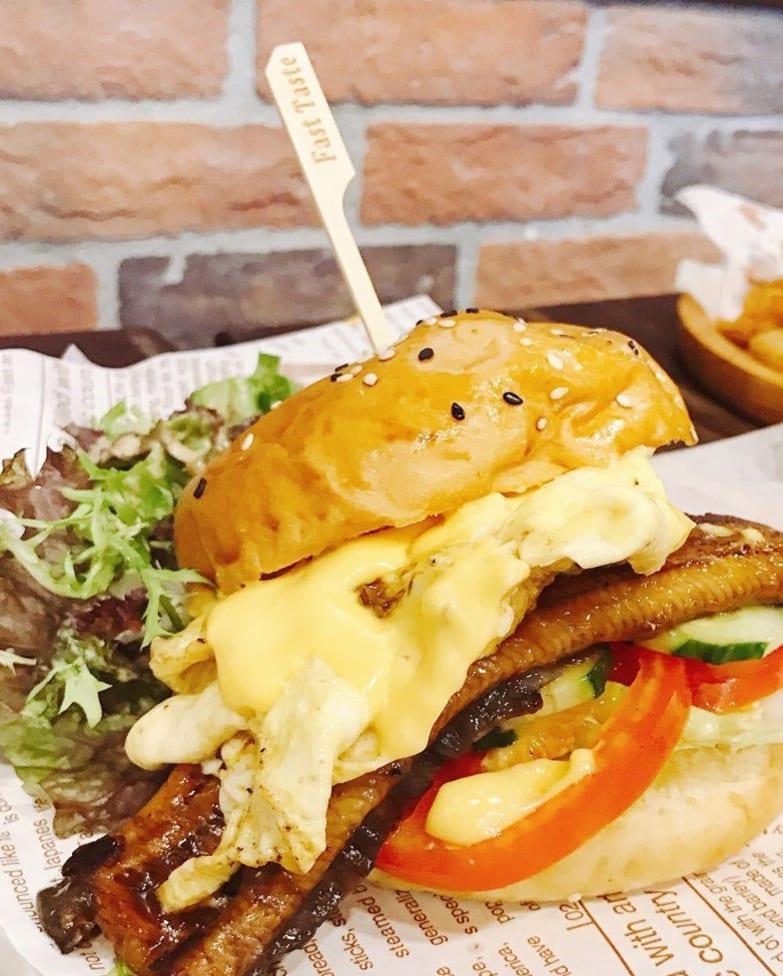 Fast Taste burger