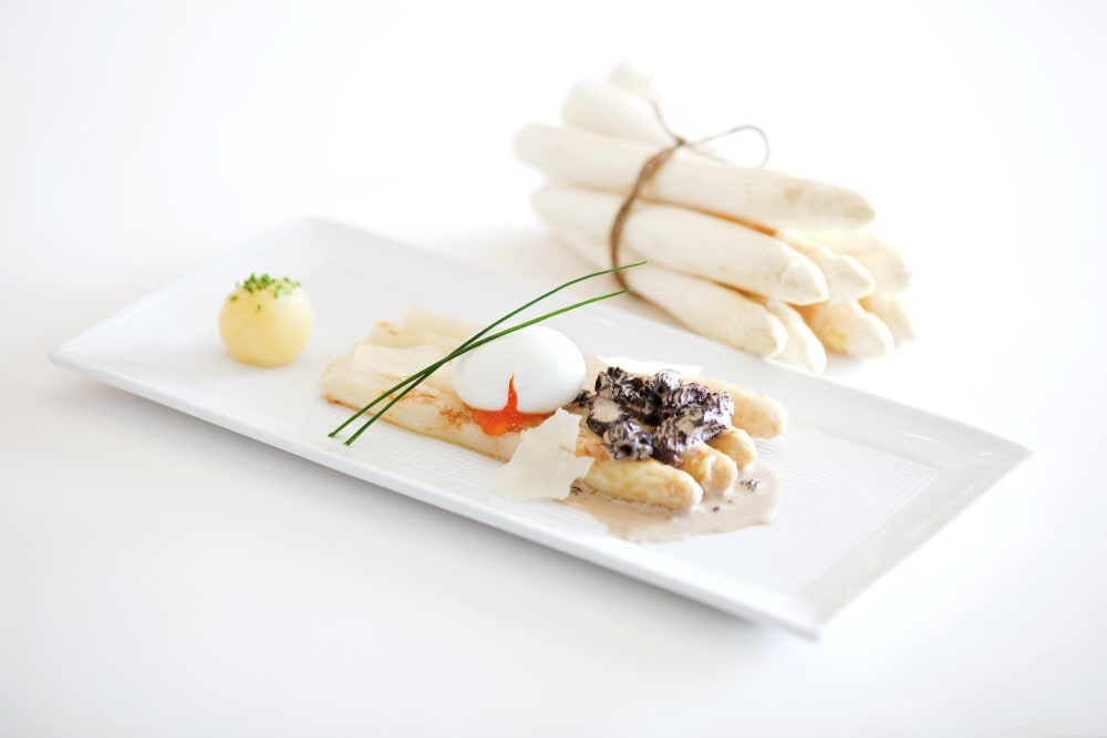 German white asparagus and German wine
