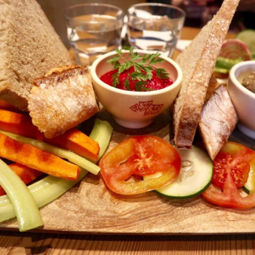 Meze platter at Le Pain Quotidien Hong Kong