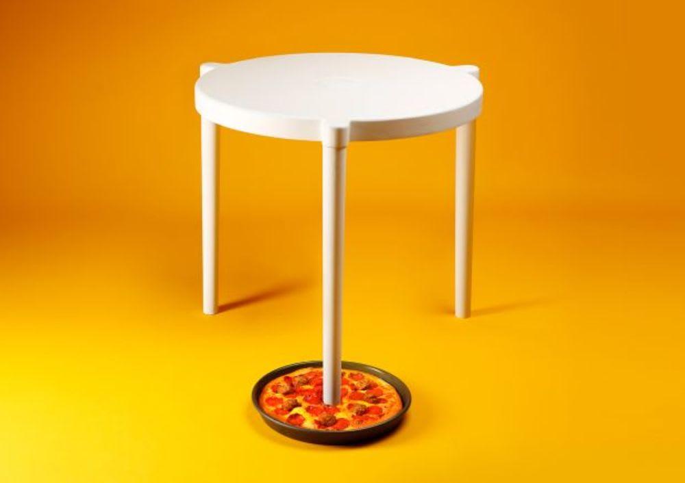 IKEA's pizza table