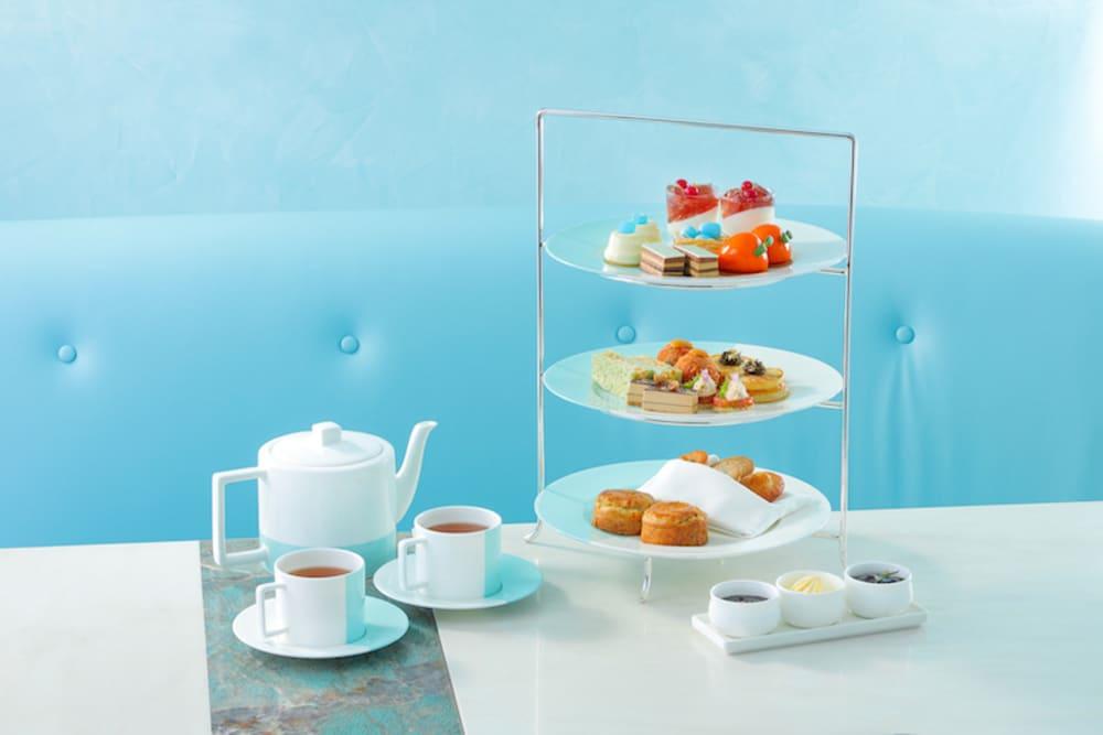 Tiffany T1 afternoon tea at The Tiffany Blue Box Cafe Hong Kong