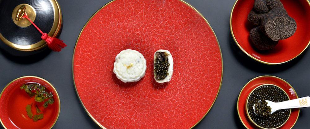 Royal Caviar Club Hong Kong mooncakes