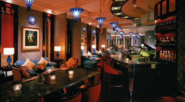 which are the world 39 s 50 best bars in 2015 foodie hong kong. Black Bedroom Furniture Sets. Home Design Ideas