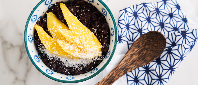 Black Rice Porridge with Chia Seed and Mango