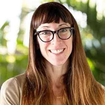 Alyssa Kratz | Yoga Therapist and Intake Specialist at Hawaii Island Recovery