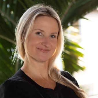 Kelly Lippert | Registered Nurse at Hawaii Island Recovery