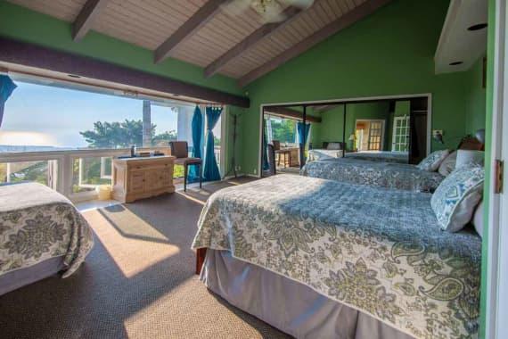 Bedroom-1-hawaii-island-recovery