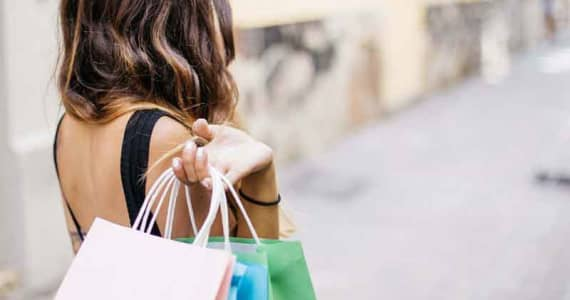 How to Manage Shopping Addiction During The Holidays