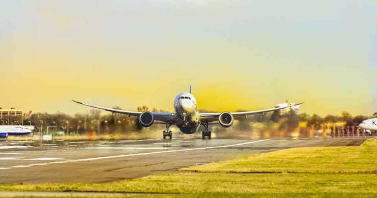 Vanished Malaysia airplane take off