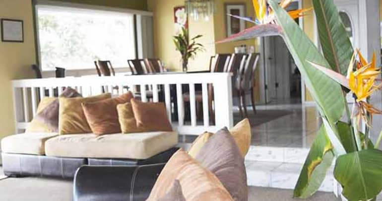 Living Room | 8 Bed Residence | Hawaii Island Recovery