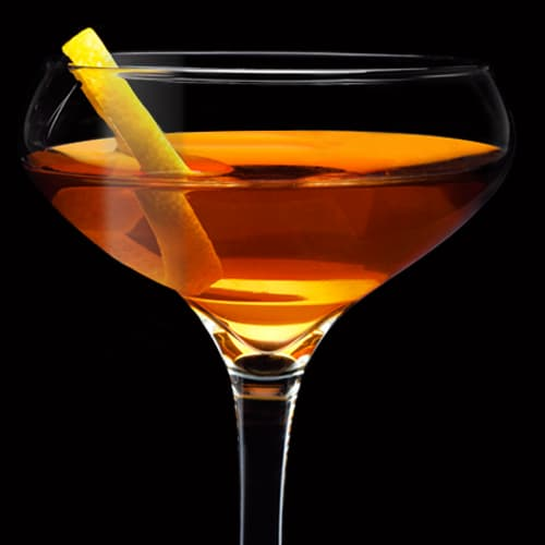 Tennessee Rye Manhattan Cocktail served with lemon peel