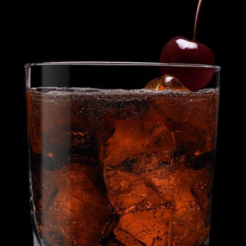 Jack in Black, koktejl podávaný s třešničkou