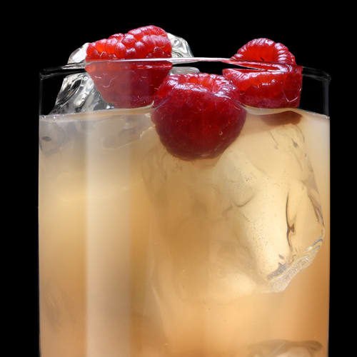 Raspberry Lynchburg Cocktail served with raspberries
