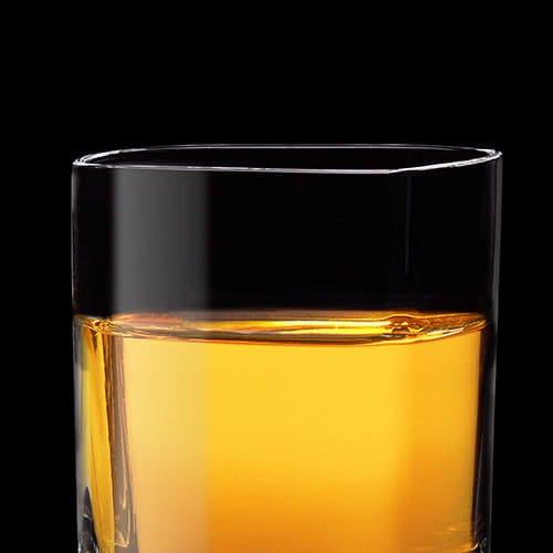 Cinnamon Whiskey Spark Cocktail