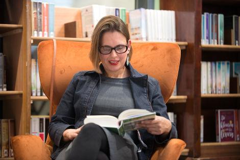 Drs. Tamara Bos