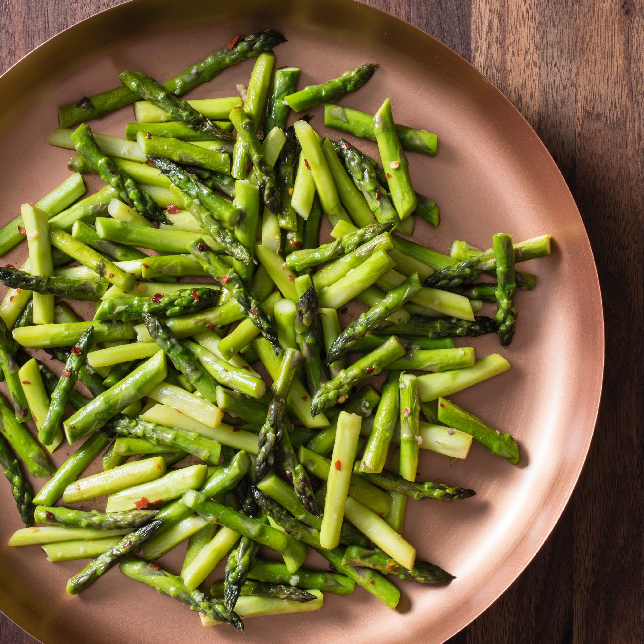 Pan Steamed Asparagus With Anchovies And Red Pepper Flakes Cook S Illustrated
