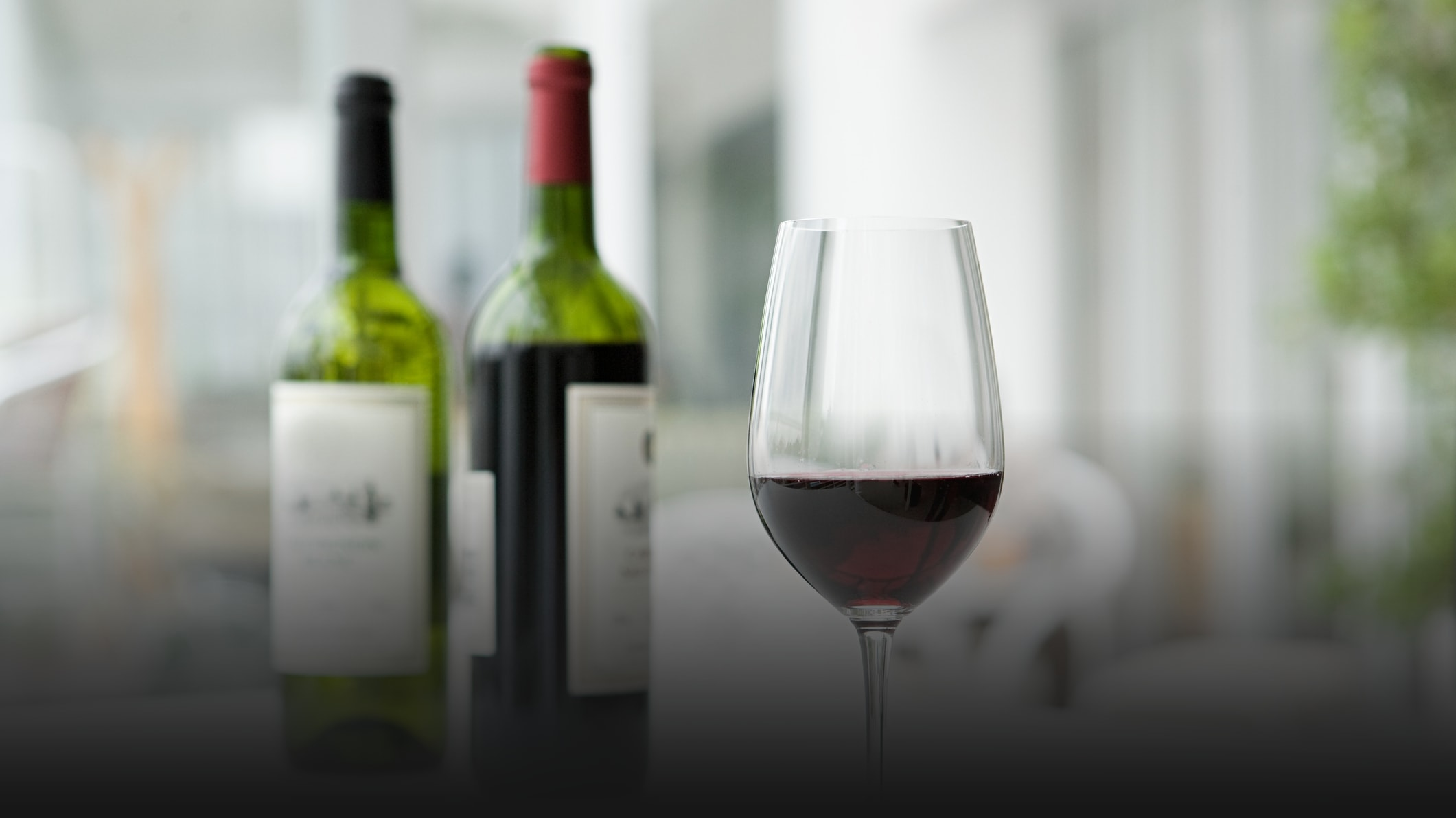 The Best Way to Quickly Aerate Wine