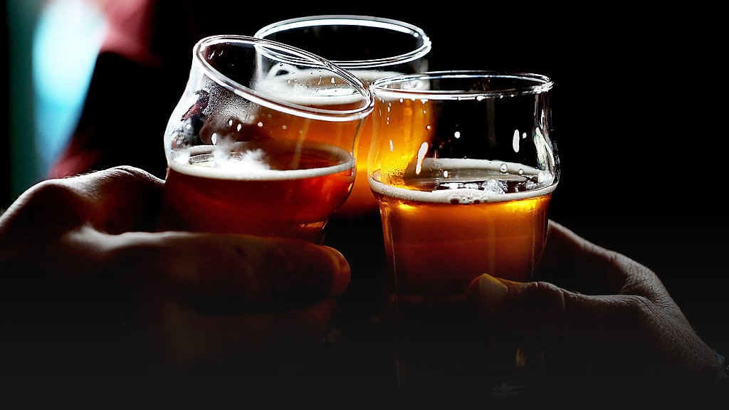 The Beer Drinker's Complete Guide to Enjoying IPAs