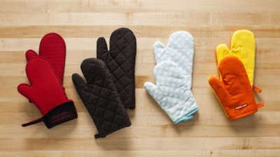 2c55cf5e35b Testing Oven Mitts for Kids