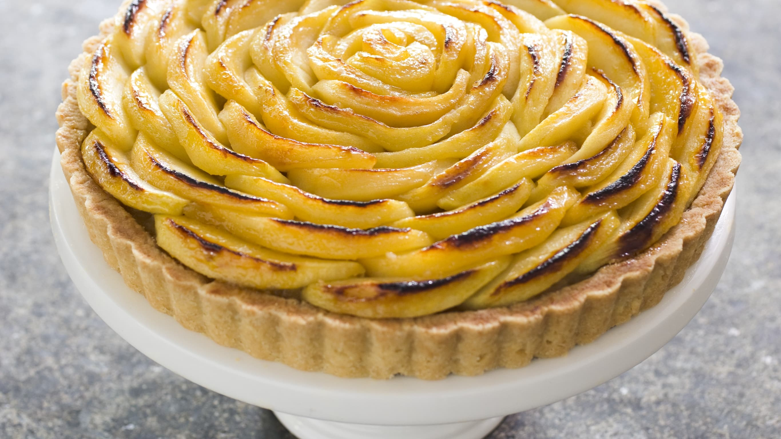 3 Ways to Use Those Freshly-Picked Apples