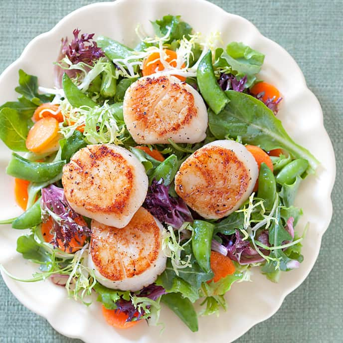 Summer Dinner Salad with Scallops