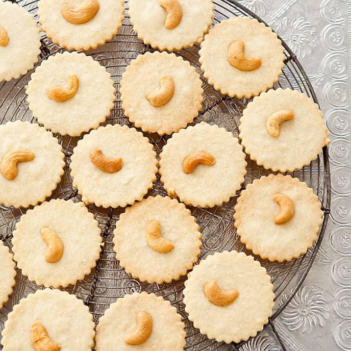 Indian Tea Biscuits (Nankhatai)