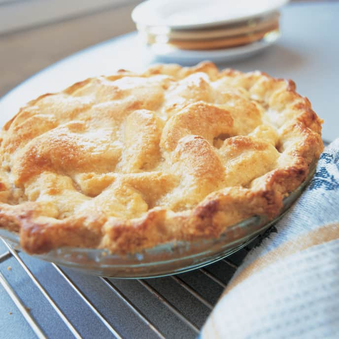 Apple Pie with Dried Fruit