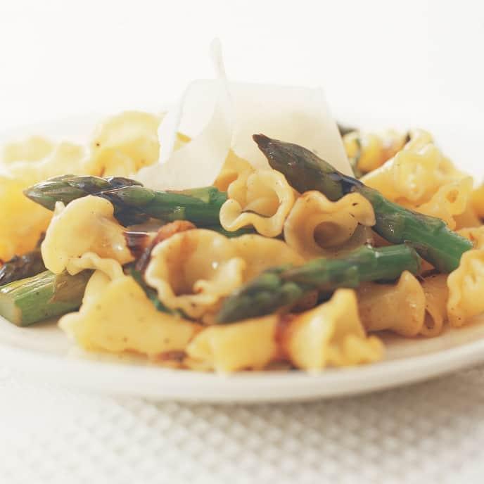 Campanelli with Asparagus, Basil, and Balsamic Glaze