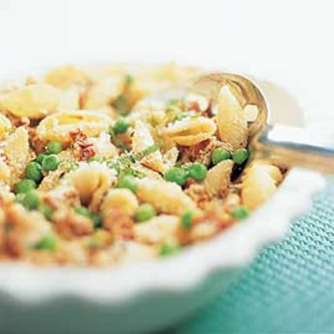 Pasta with Sun-Dried Tomatoes, Ricotta, and Peas